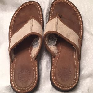 Ugg sandals size 9 women gently used